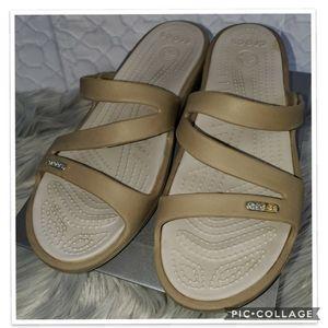 Crocs Sandals Sz 8